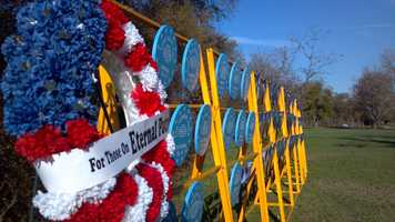Members of the United States Submarine Veterans Organization hosted its annual wreath laying and Pearl Harbor remembrance at Discovery Park in Sacramento. (Dec. 7, 2012)