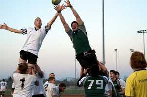 Granite Bay Varsity rugby teaming up to outreach the Vacaville Black Dogs