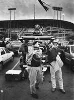 The San Francisco Chronicle went through the photo morgue to find the following fan photos from the 1980s.