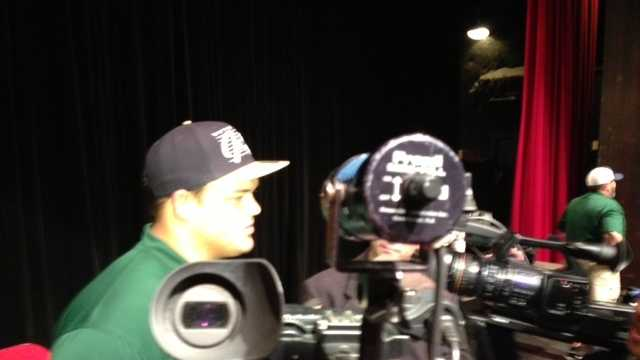 Placer High School football star Eddie Vanderdoes announced Wednesday that he will attend Notre Dame on a football scholarship.