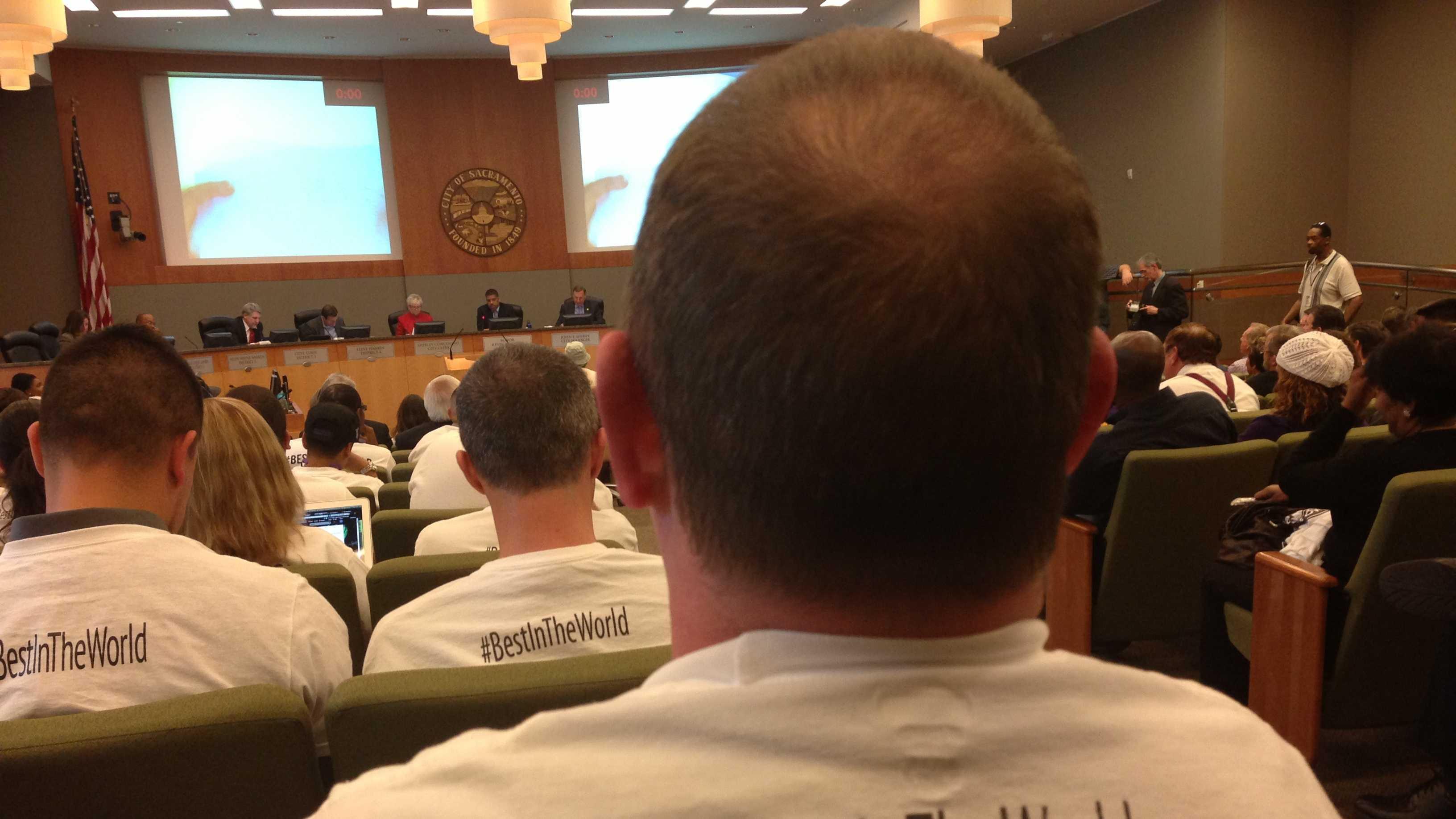 Inside Sacramento City Council meeting