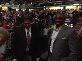 Mitch Richmond is acknowledged by the crowd (April 17, 2013).