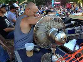 With temperatures reaching 103 degrees in downtown Sacramento on Friday, Sacramentans found creative ways to stay cool.