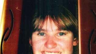 Elise Hays, 20