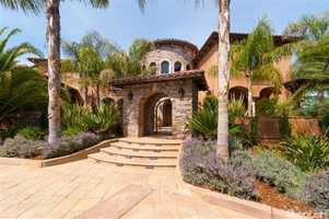 Tucked away in one of Loomis' most sought after neighborhoods, the Sierra Ridge Estates, this stunning villa is situated on five acres.