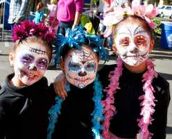 What: Dia de los Muertos: 4th Annual Panteon de SacramentoWhere: Between J & 20th StreetsWhen: Sat 11am-1am&#x3B; Sun 8am-6pmClick here for more information on this event.