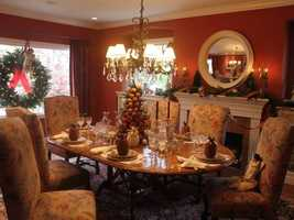 What: Holiday Home TourWhere: Sacred Heart Parish SchoolWhen: Fri 11am-8pm&#x3B; Sat 10am-7pm&#x3B; Sun 11am-5pmClick here for more information on this event.