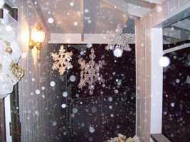 Large snowflakes fall in Pioneer.