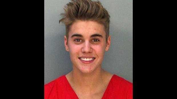 Justin Bieber mug shot.jpg