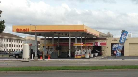 Tooley's Gas and Minimart (Mar. 4, 2014)