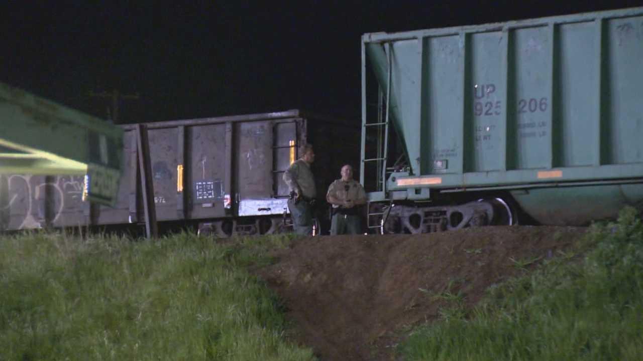 Train hits teen in Marysville, 1 dead