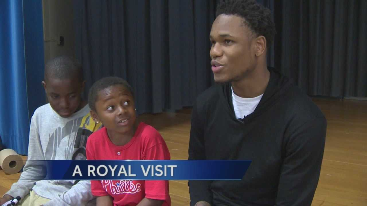 Ben McLemore makes royal visit to Sacramento school