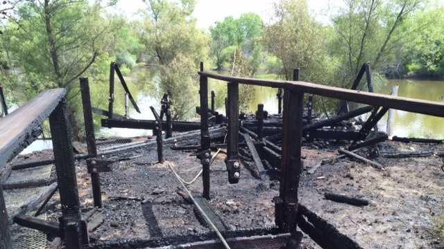 Davis fire 2 042414.jpg