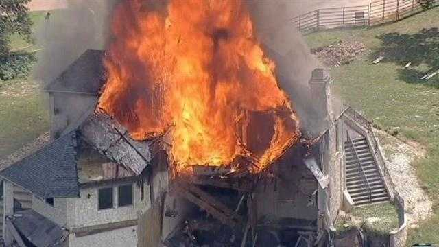House burn 25.jpg