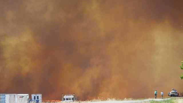 A Fourth of July fire broke out Friday afternoon in and around Cal Expo, forcing evacuations from the complex and using a ton of fire department resources around the Sacramento area (July 4, 2014).