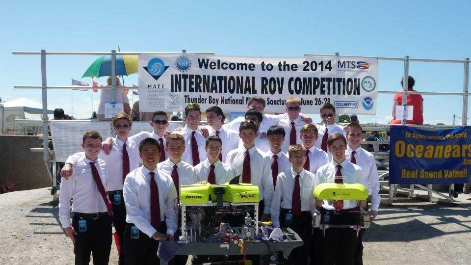 JHS Robotics Team photo 2014.jpg