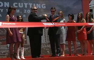 With the snipping of a ribbon, Santa Clara became home to the San Francisco 49ers new stadium. (July 17, 2014)