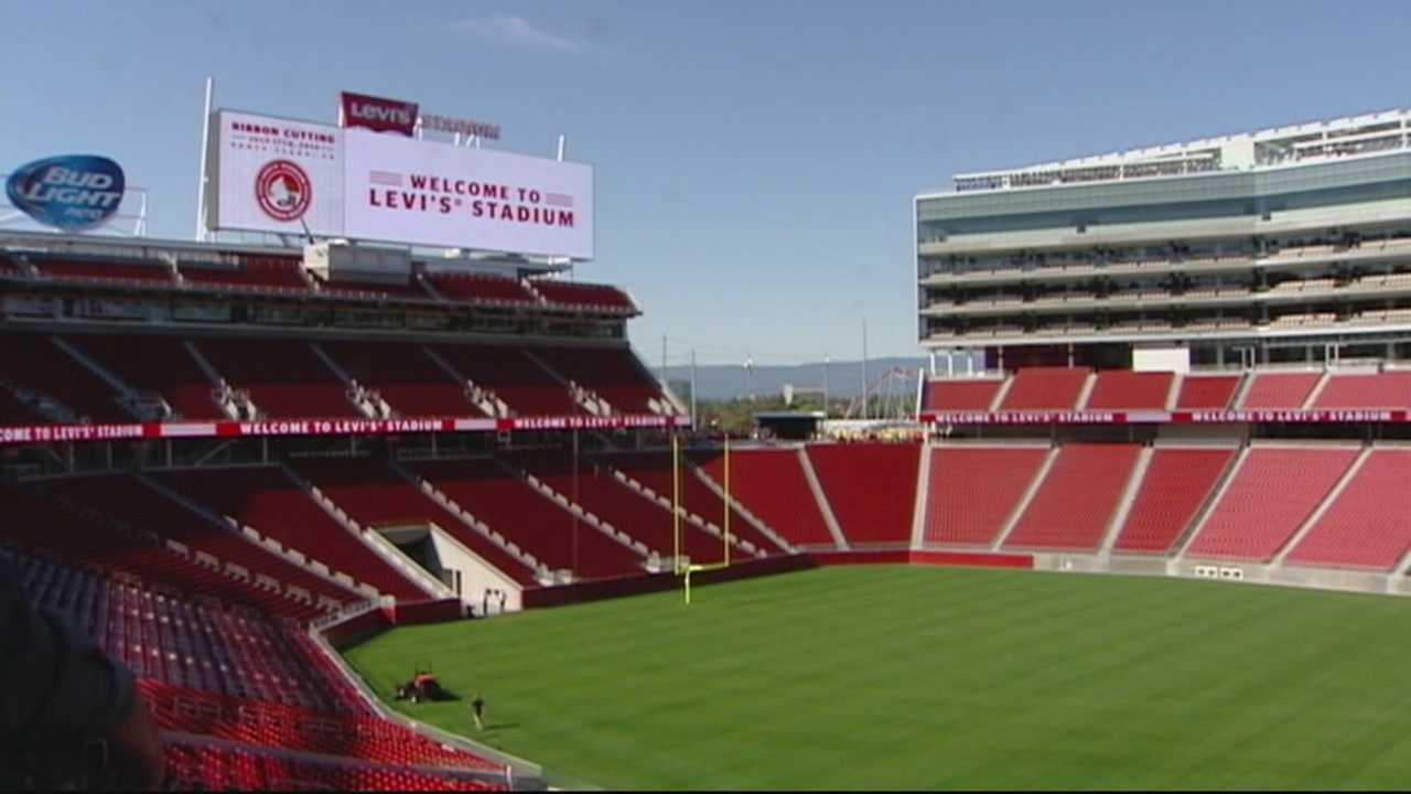 Dennis Lehnen explores new 49er stadium