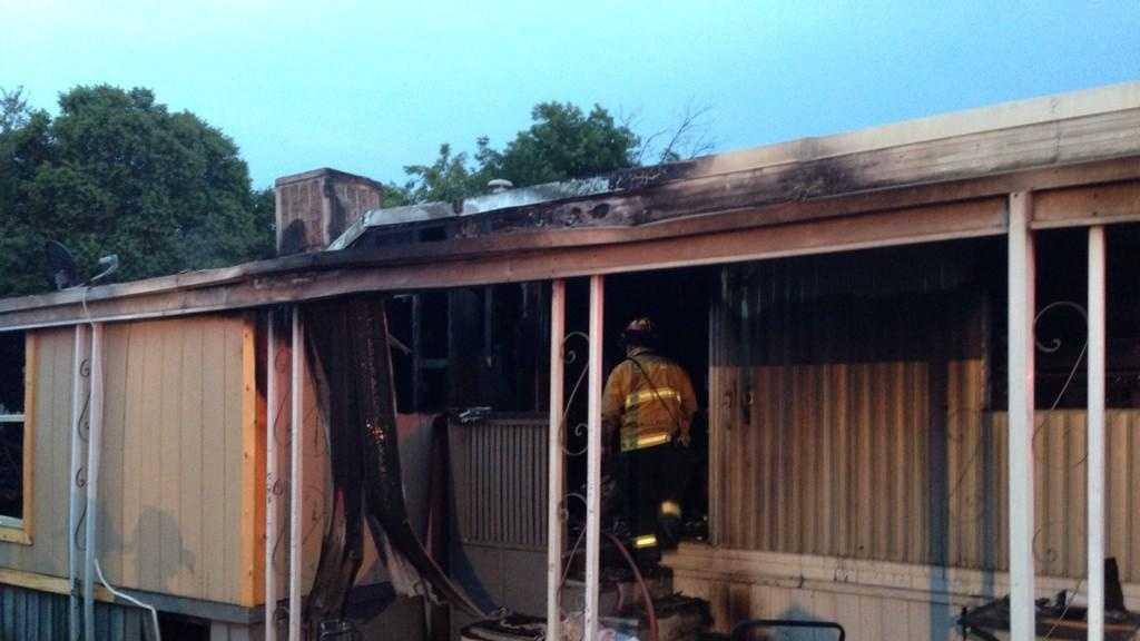 SAC MOBILE HOME FIRE 1.jpg