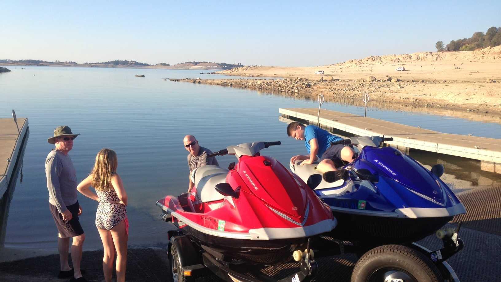 Boating Folsom Lake