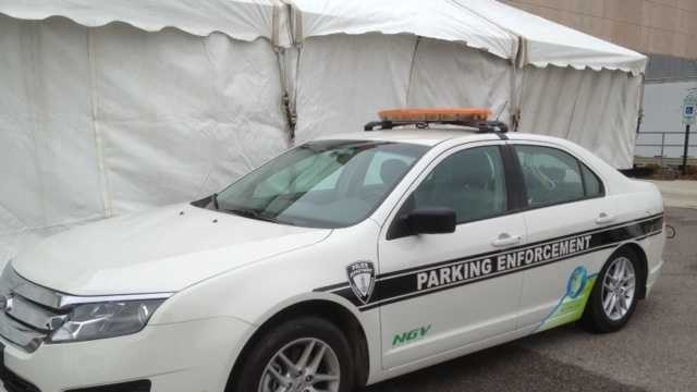 Lincoln Police Department gets a natural gas vehicle