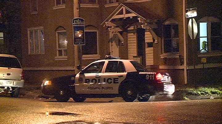 BLUFFS POLIC DEATH 110512.jpg