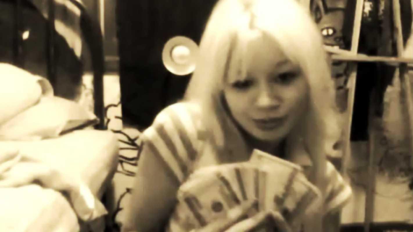 PHOTO: sabata-with-money.jpg