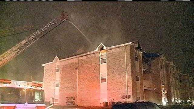 Apartment fire displaces dozens of residents