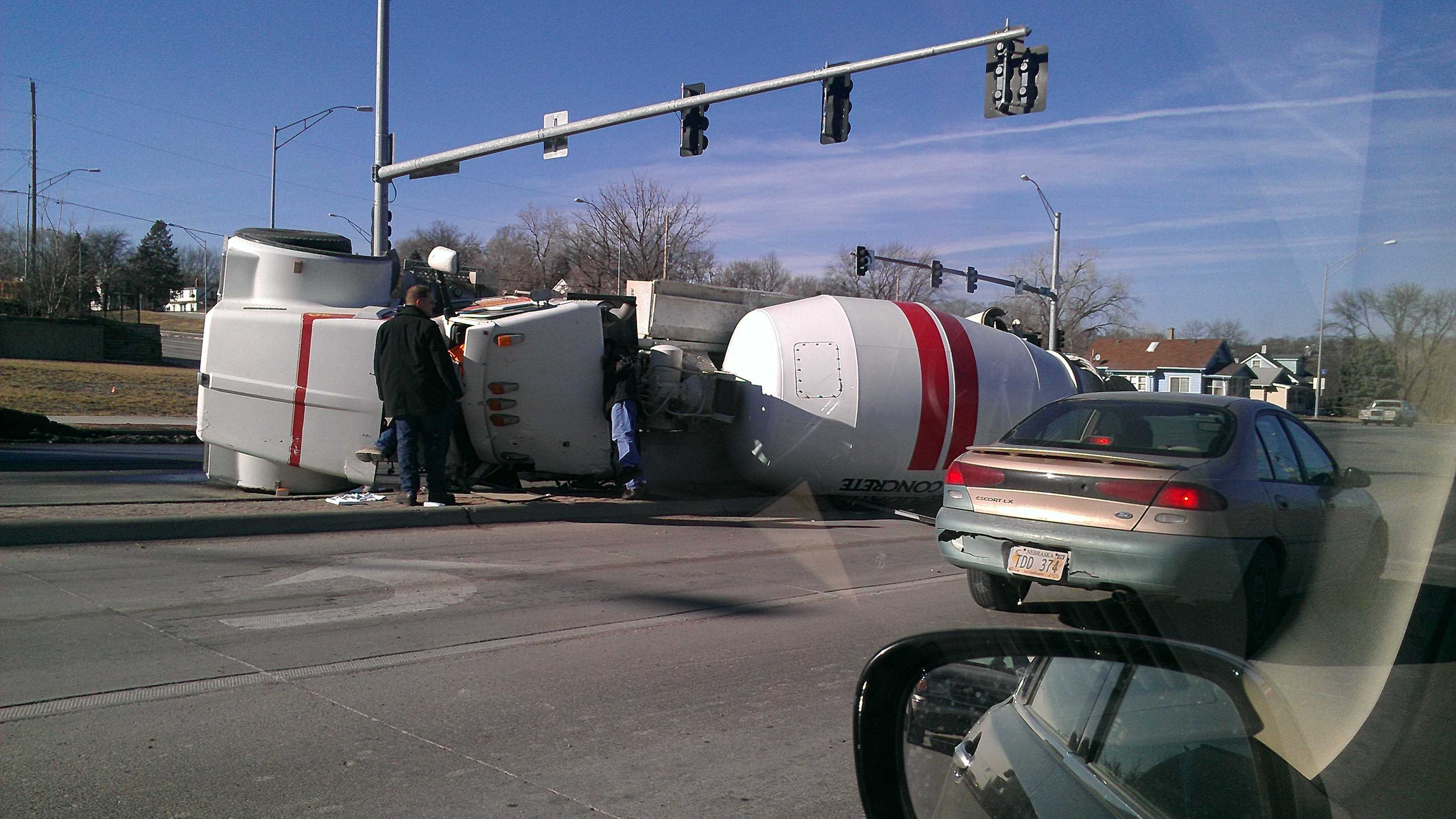 PHOTO: 13th street and missouri ax.jpg