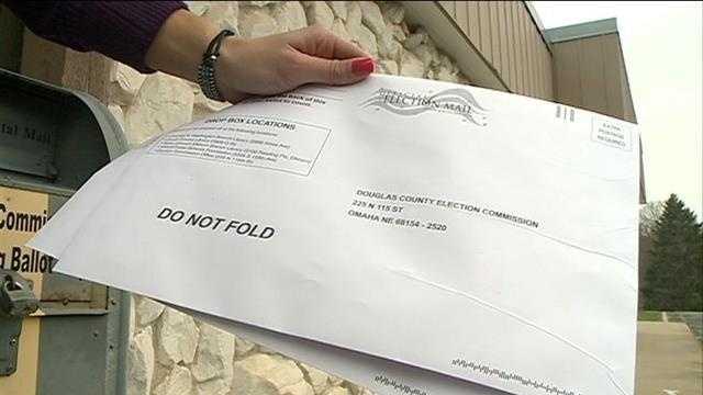 Omaha man warns of voter ballot volunteers