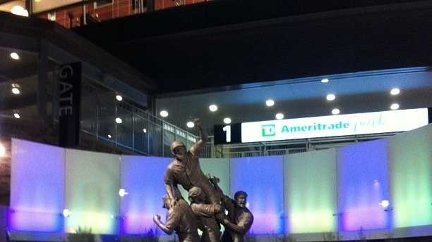 Road to Omaha Statue
