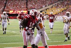 Quincy Enunwa snags a touchdown pass in the north endzone.