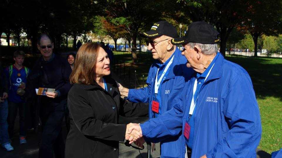 Deb Fischer with veterans