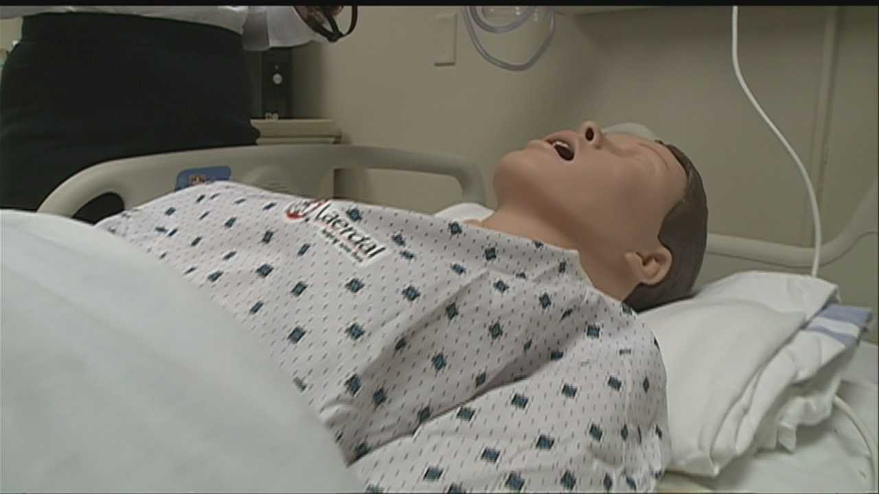 Simulation lab helps nursing students prepare for any situation