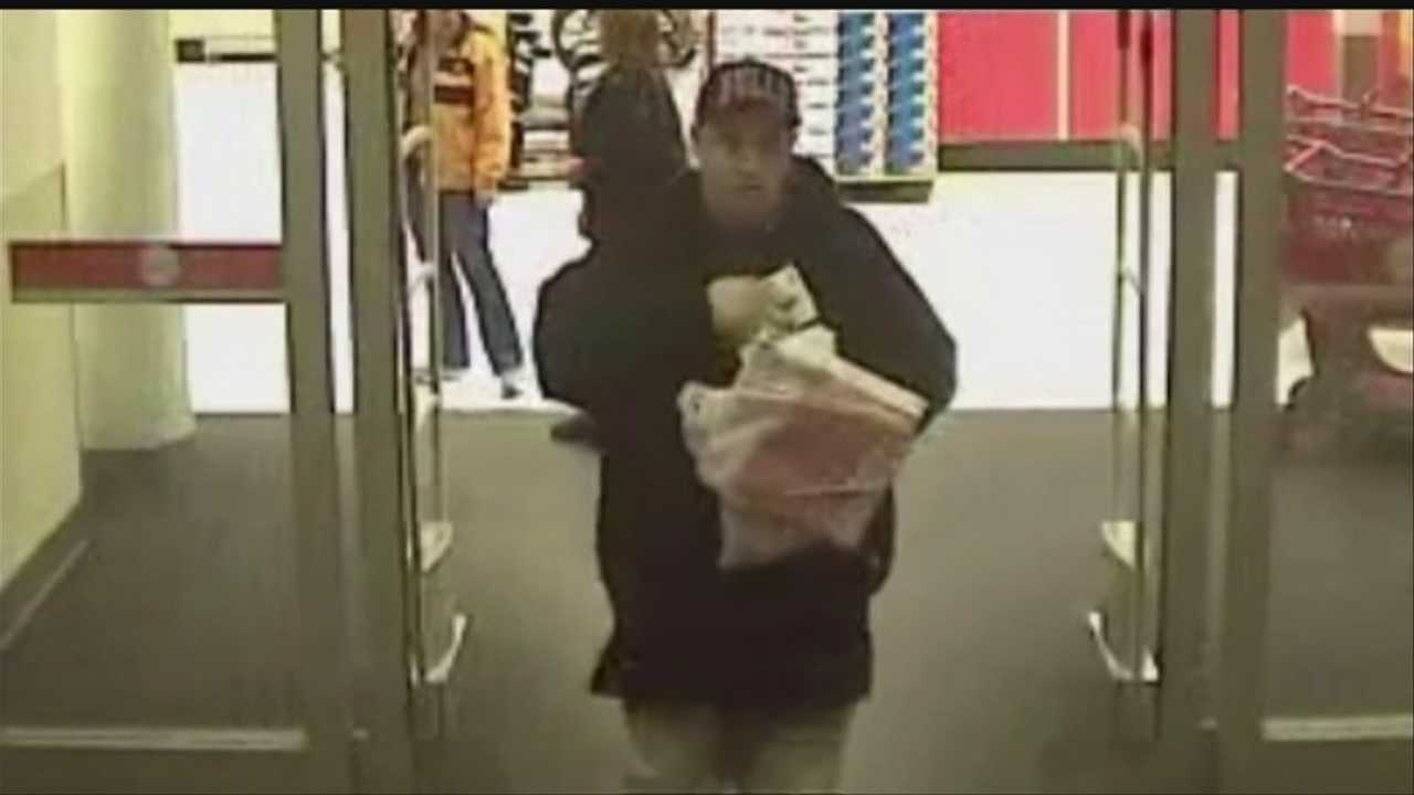 Crime Stoppers: Man uses stolen credit cards