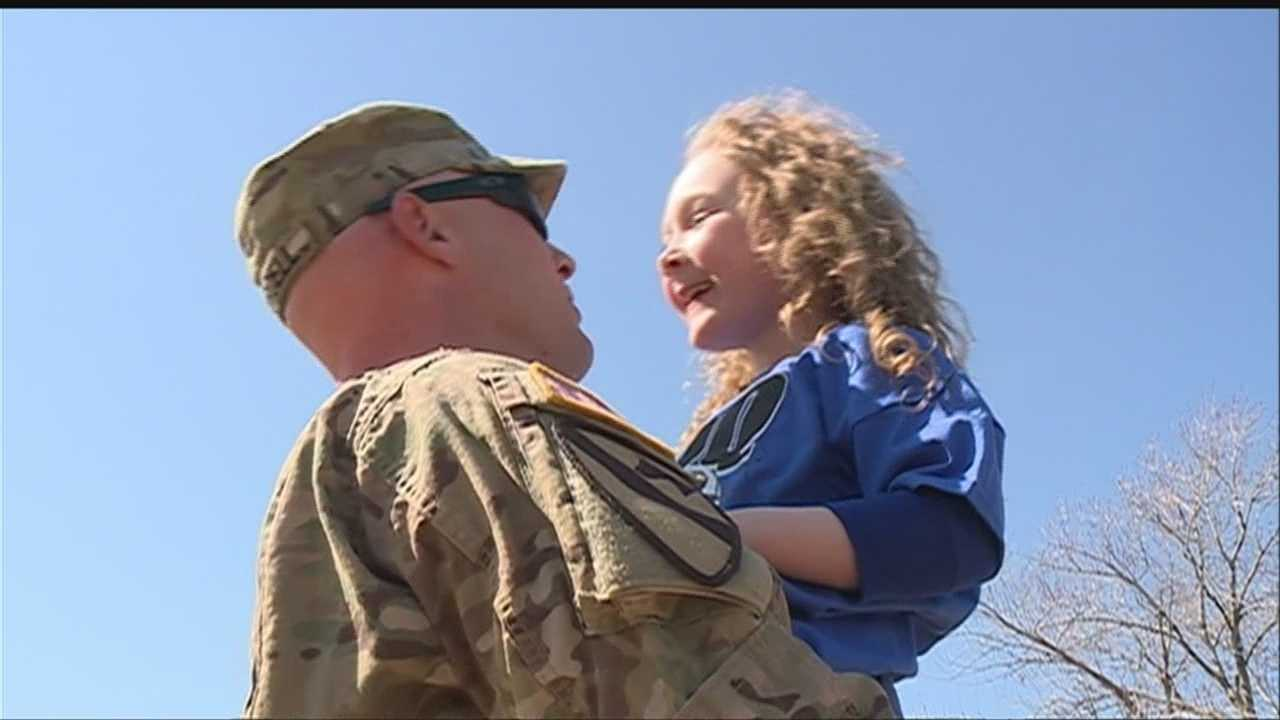 Soldier surprises daughter on the soccer field