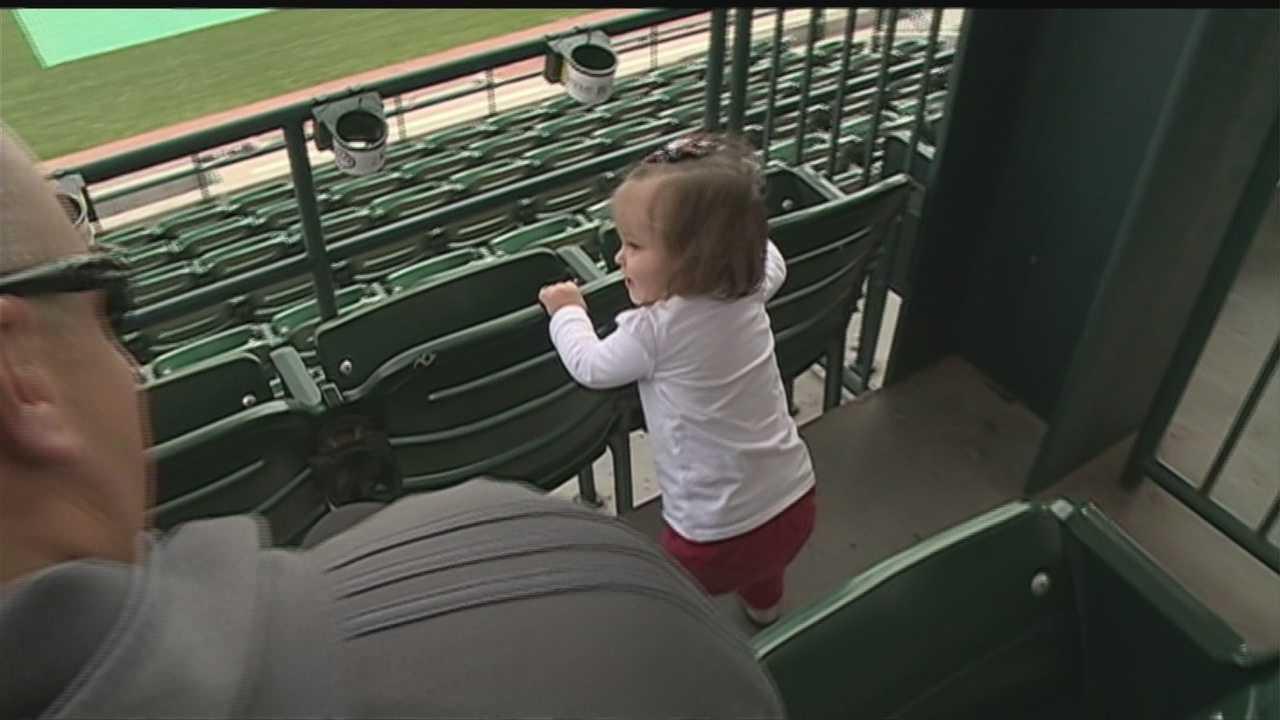 Nebraska baseball team supports baby's medical condition