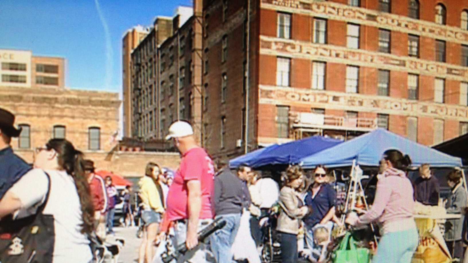 2014 Farmers Market.jpg