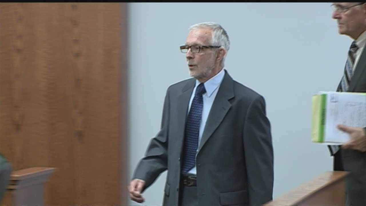 Council Bluffs doctor faces civil lawsuit