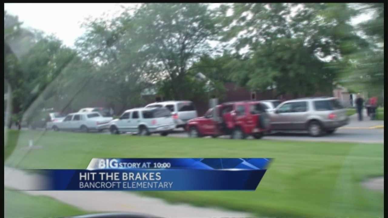 School traffic leaves parents worried