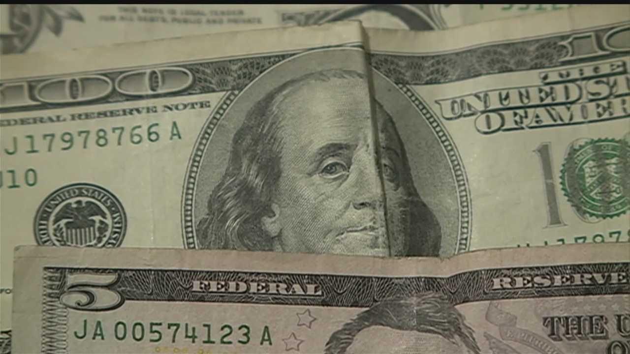 Person leaves envelope full of money in OPD northwest precinct