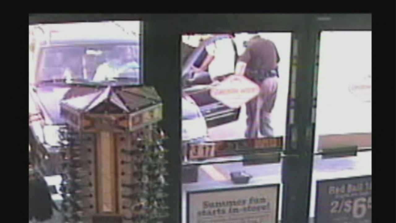 Surveillance shows struggle over gun at 156 and Blondo