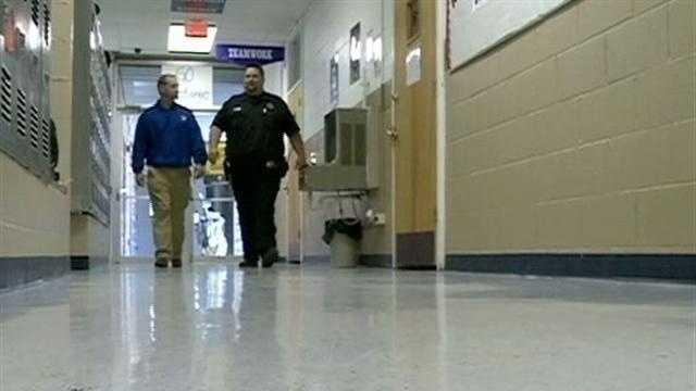 Ohio Shooting Puts Focus On School Security - 30554937
