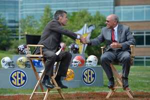 """John L. Smith talks with ESPN """"College Gameday"""" Host Chris Fowler"""