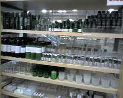 Is it simply retail therapy or a serious shopping addiction? With drawers filled with clothes, unused makeup or cosmetics, or other products, some 'shopping enthusiasts' actually display signs of addiction.