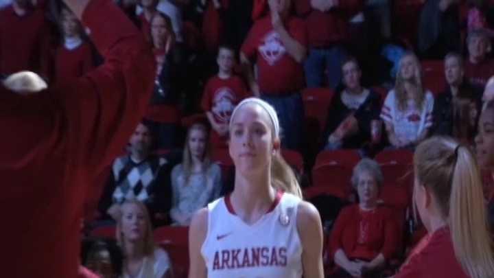 Arkansas guard Calli Berna