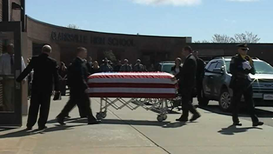 Community remembers fallen Clarksville officer