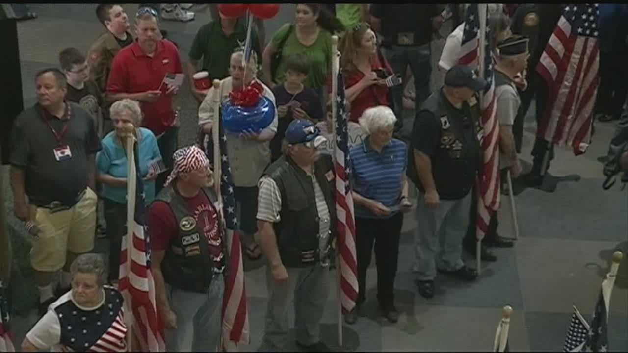 Local WWII veterans return home after a trip to Washington D.C. for a memorial dedication.