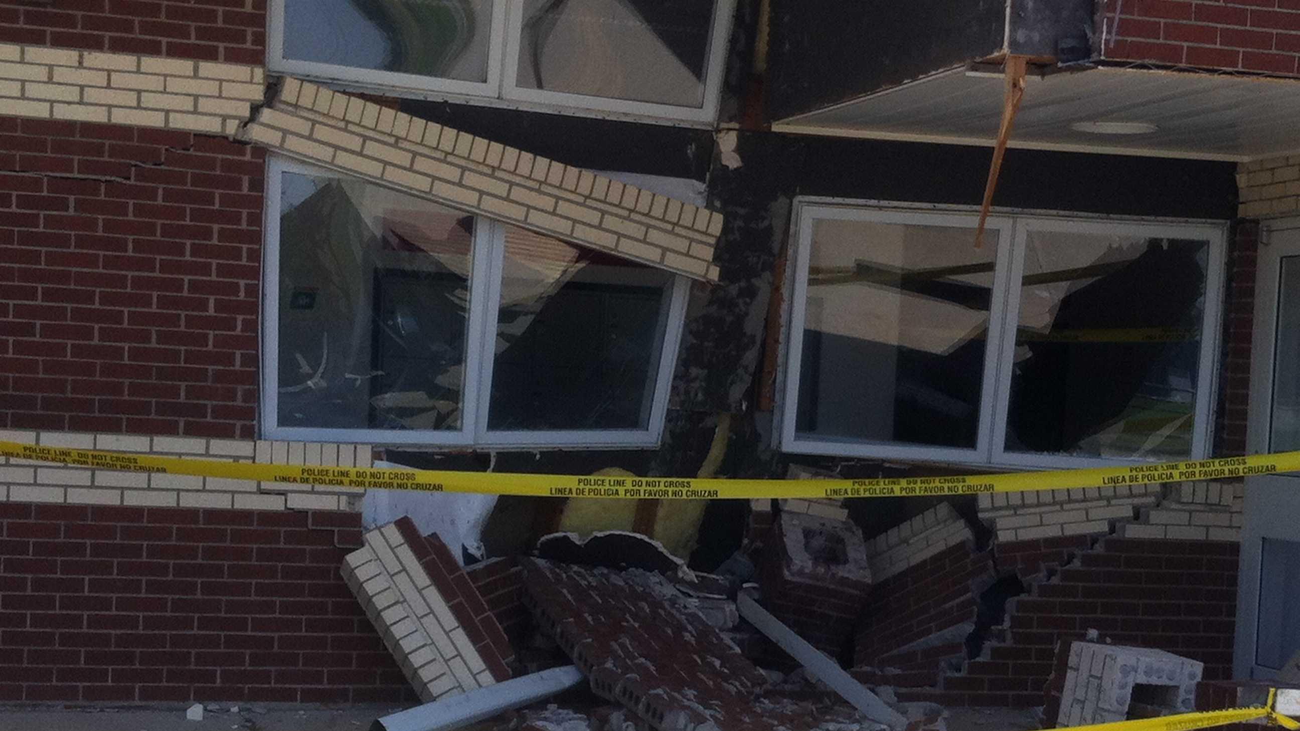 gravette post office crash.jpg