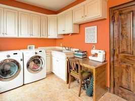 Modernized laundry room!